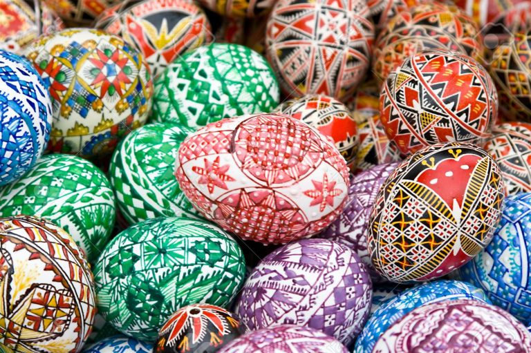 7903880-Different-handmade-painted-easter-eggs-from-Romania-Stock-Photo